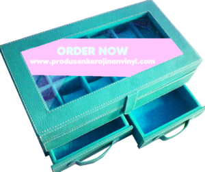 kerajinan-vinyl-box-jam-tangan-bertingkat-dengan-laci-biru-muda-tosca