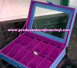 kerajinan-vinyl-box-jam-12-pcs-lusinan-biru-muda-dan-ungu
