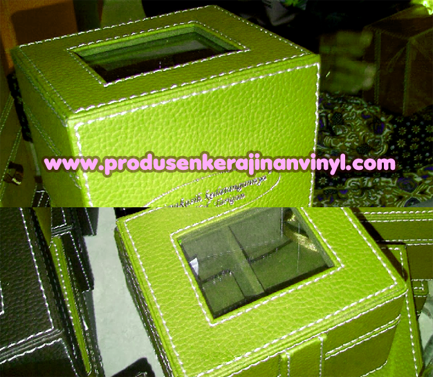 kerajinan-vinyl-box-jam-hijau-pupus