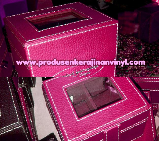 menghias toples bekas kerajinan vinyl box jam merah fanta pink tua tas kulit wanita garut